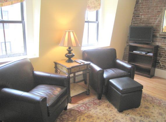 2-bedroom-living-room-02